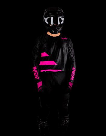 Infinite Dirt bike gear set at MX store. 2021 Strike dirt bike gear set - Pink/Black