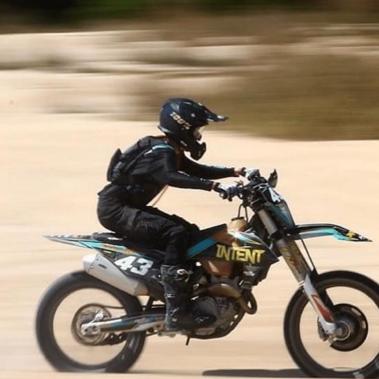 jackson murray erunning inrtwnt mx gear throughout 2021 as an enduro motocross rider