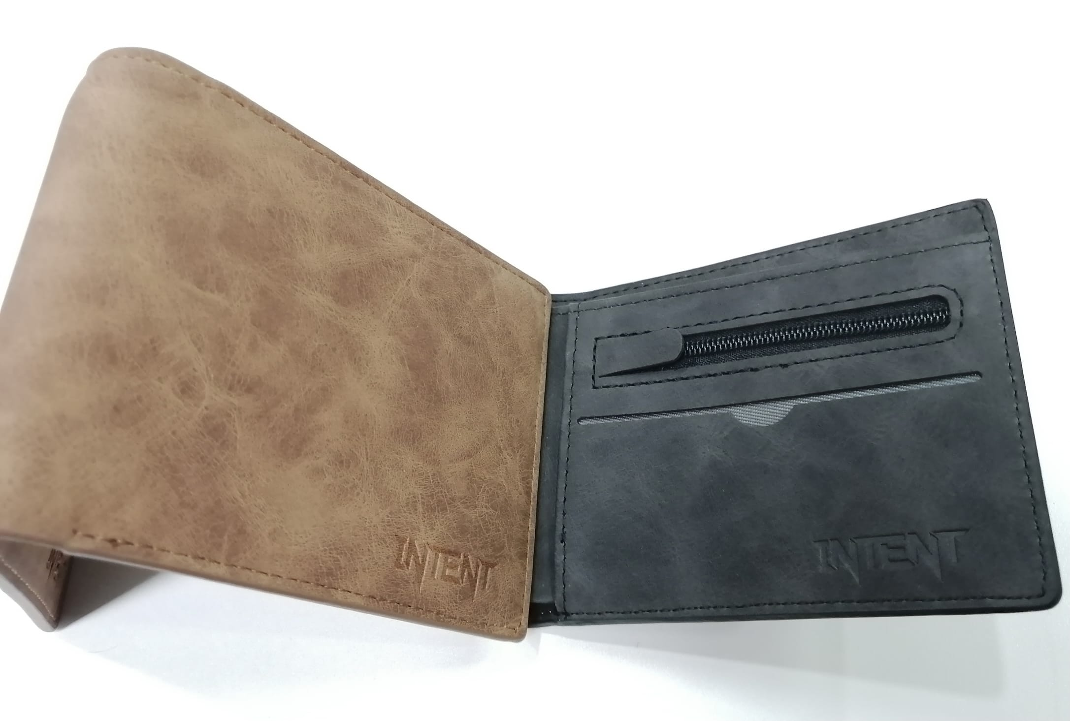 Intent Mx CC Wallet – Brown and black
