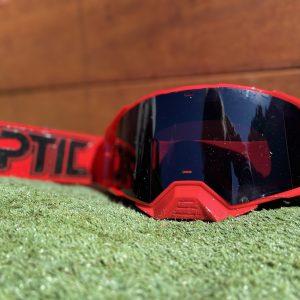 Optic Platinum Goggle | Solid – Red/Black